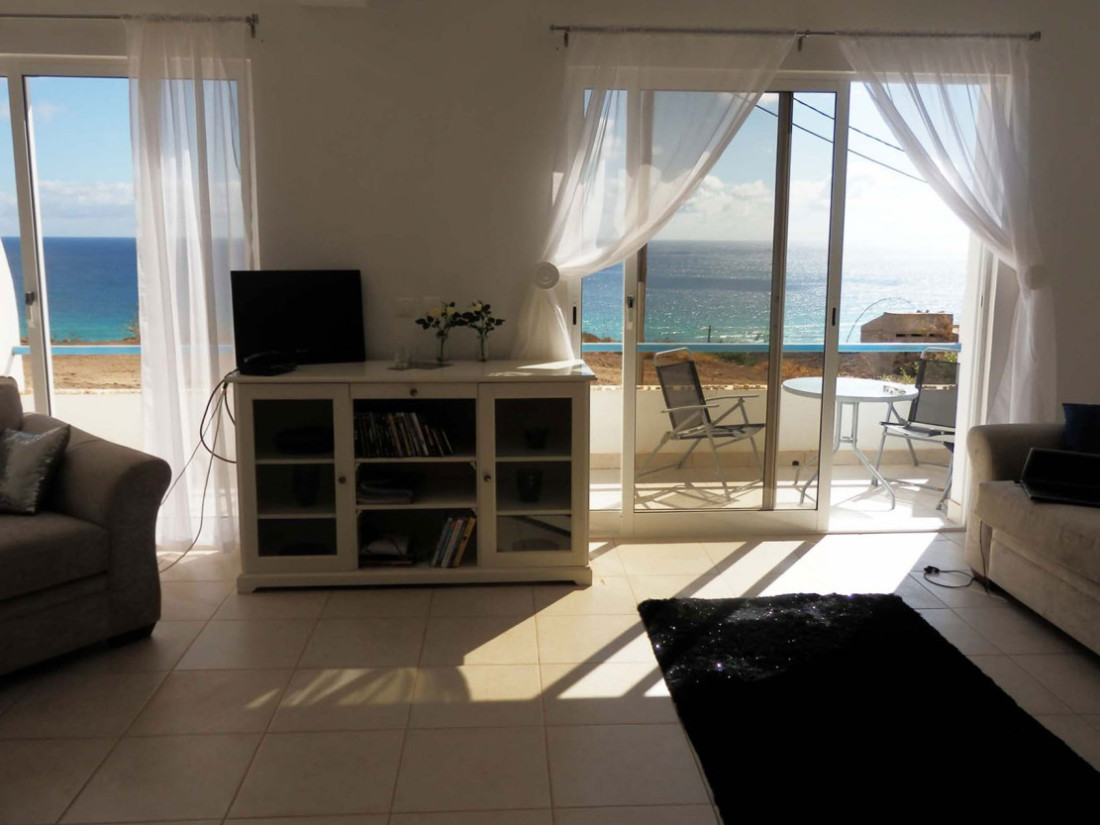 Accommodation near kitesurf spots Sao Vicente Cabo Verde