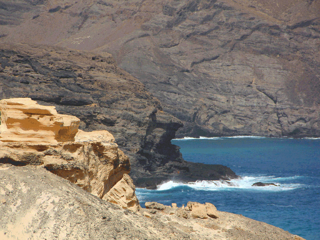 Hiking in Sao Vicente Cabo Verde