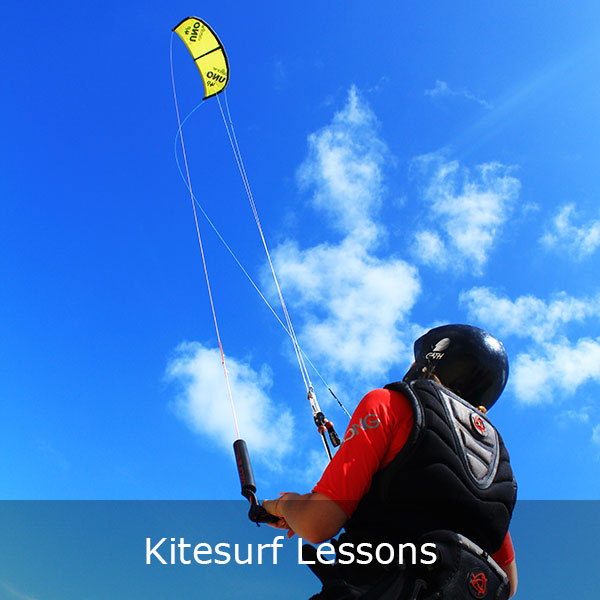 Kitesurf lessons with a small 4m kite